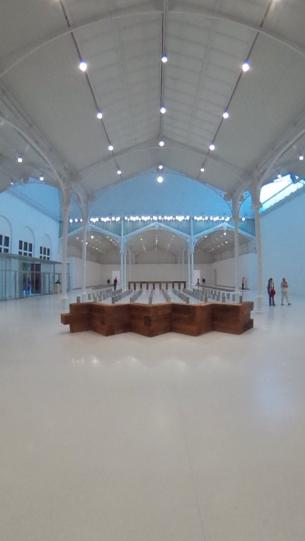 Organización:  Dia Art Foundation en colaboración con el Museo Nacional Centro de Arte Reina Sofía. Comisariado: Philippe Vergne y Yasmil Raymond. Diseño: Aritz Gonzalez.  Fecha: 6/05-18/09 2015